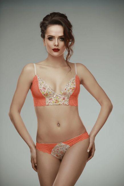 Кружевные трусики стринги Mery orange L'amore LAMORE